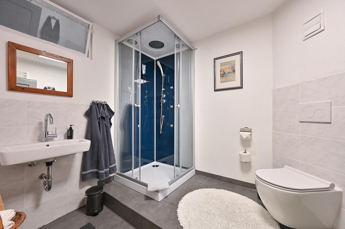 Das Badezimmer in der Ferienwohnung Anderl